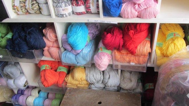 Samson Shop: die Ecke mit griechischen Produkten