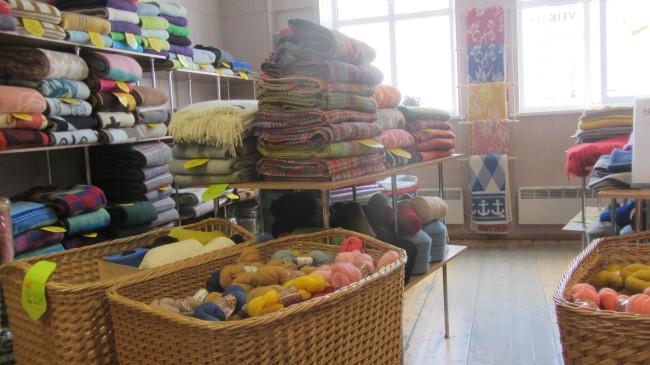 "Im Fabrik-Shop ""Klippan-Saule"" in Riga"