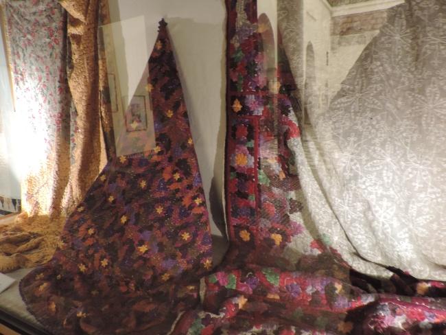 Berber-Textilien: Stickereien