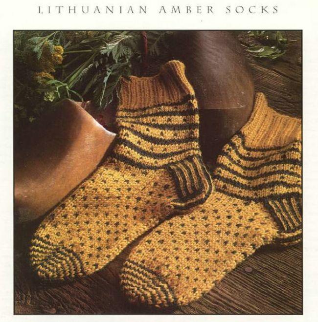 Nancy Bush: Lithuanian Amber Socks