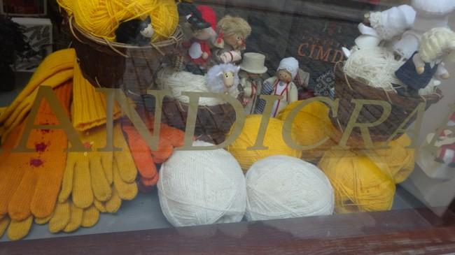 Tines - handmade knitwear