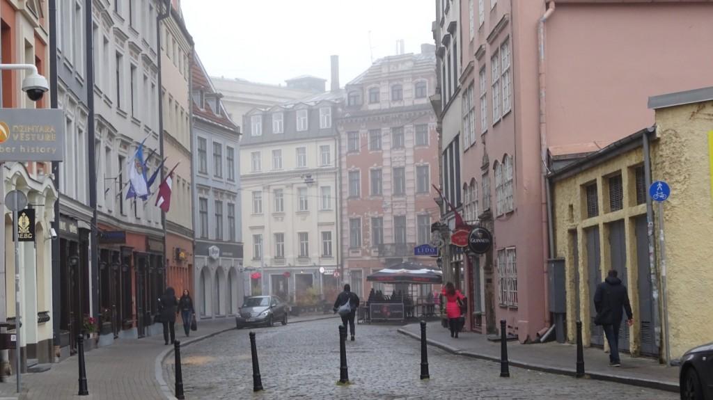 Tirgonu Ieala in Riga