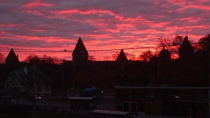 Sonnenaufgang kurz vor sieben