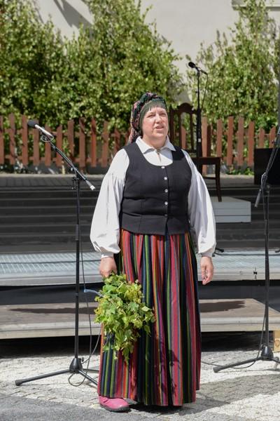 Die Sängerin, eine stimmstarke Frau