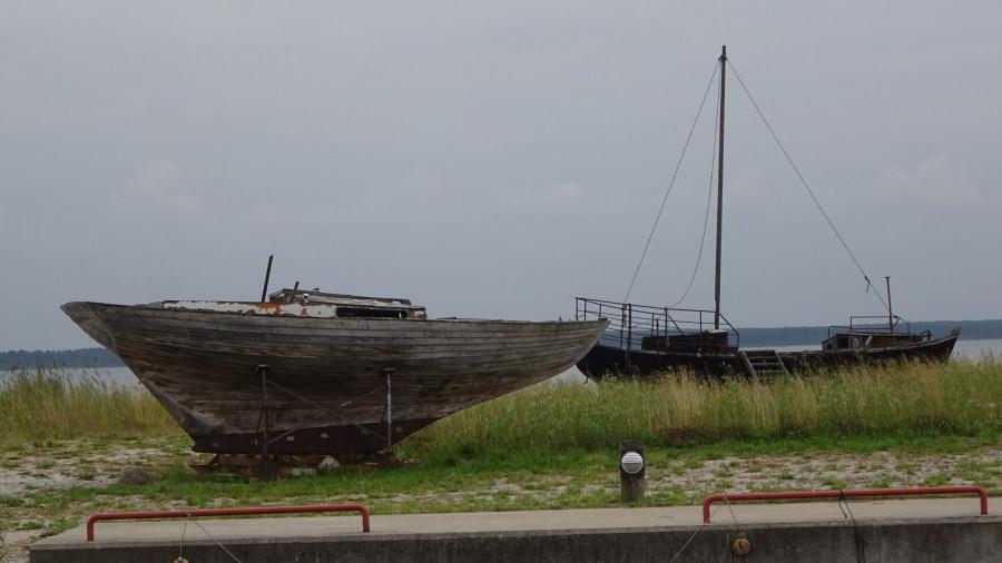 Am Hafen von Koguva